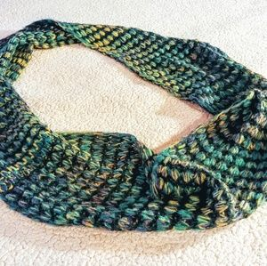 Green Xhilaration Scarf Acrylic Infinity Loop Wrap